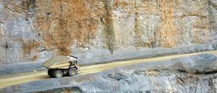 Minen-Laster in Südamerika