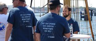 Crewmitglieder der Expedition Ocean Change vor dem Aufbruch in Kiel