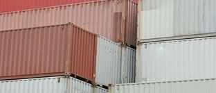 Schiffscontainer im Hamburger Hafen
