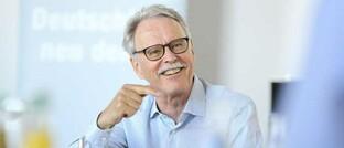 Bruno Frey ist ein Schweizer Ökonom und Glücksforscher.