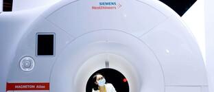 Ein MRT-Scanner des Untenehmens Siemens Healthineers