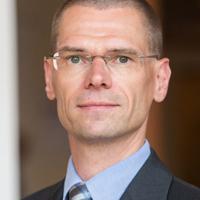 Lutz Röhmeyer   Capitulum Asset Management.